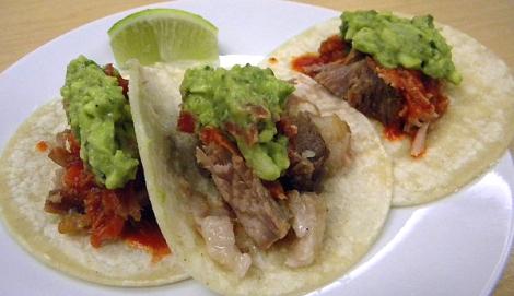 Tacos de Carnitas con Guacamole