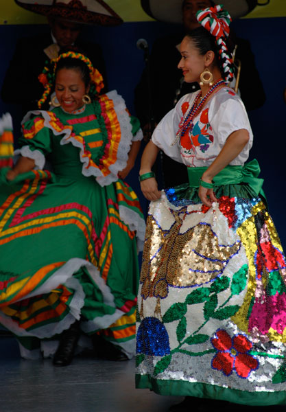 the spectacular 'China Poblana' costume consists of a skirt sewn with thousands of twinkling sequins, usually embroidered showing the national emblem of Mexico, an eagle, a snake and a cactus