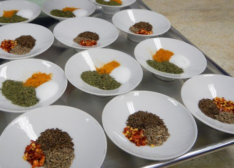 Spices to add to the 'atta' flour for Indian rotis