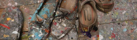 paint on shoes in studio gallery in Bruges