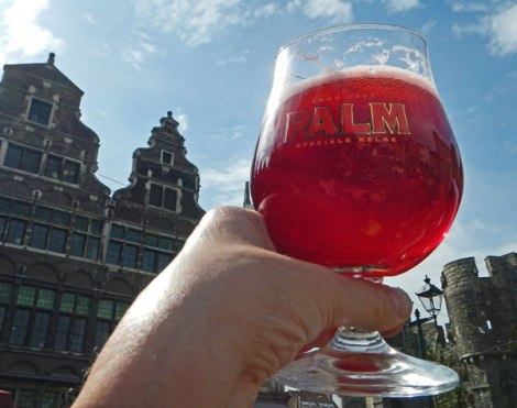 Kreik, a cherry beer on a sunny Ghent afternoon