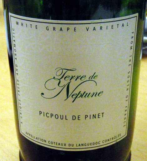 a white wine from Provence, to go with pour mussel and bacon appetizer