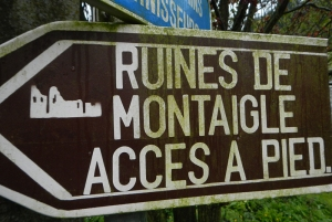 at the Ruines de Montaigle