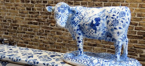 A Delft Blue Cow