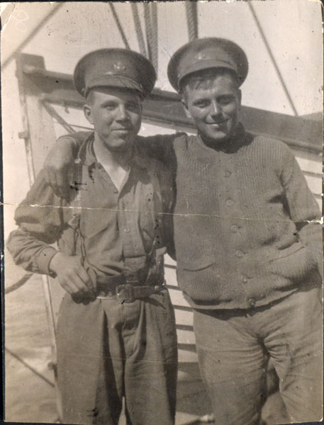 granddad with a friend during the First World War
