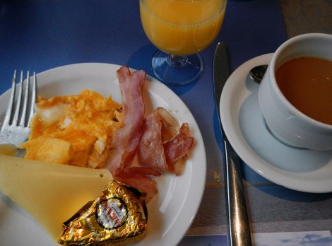 Belgian breakfast at DePanne