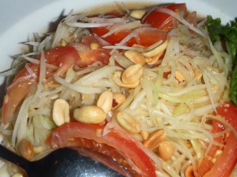 a green papaya salad Issan-style