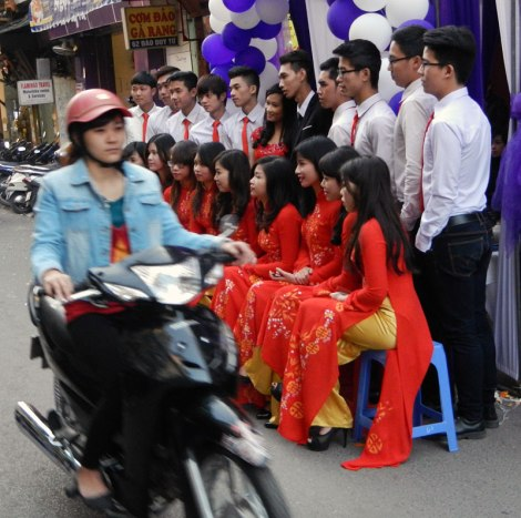 Hanoi Street Wedding
