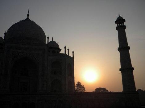 Taj Majal Silhouette
