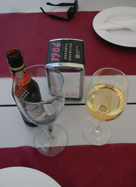 Green Galician Wine along with Galician Beer