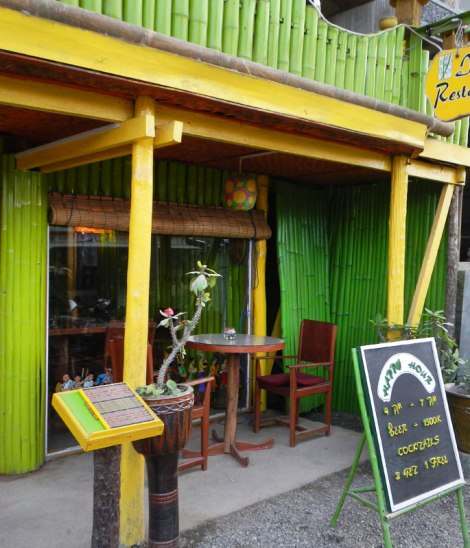 Inle Palace Café in Nuaung Shwe
