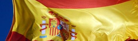 The Spanish flag flying high above Segovia Castle