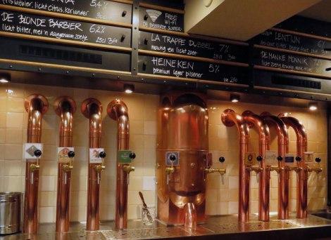 Beer Taps at De Bekeerde Suster Brewpub