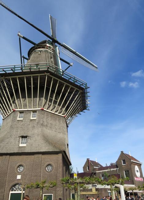 Brouwerij't Ij, a brewpub in a windmill
