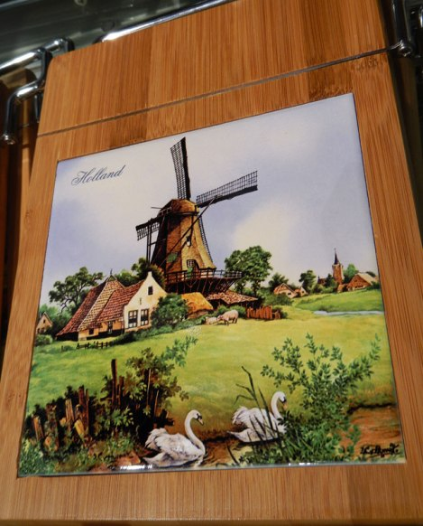 Cheese Board with Dutch Windmill Tile