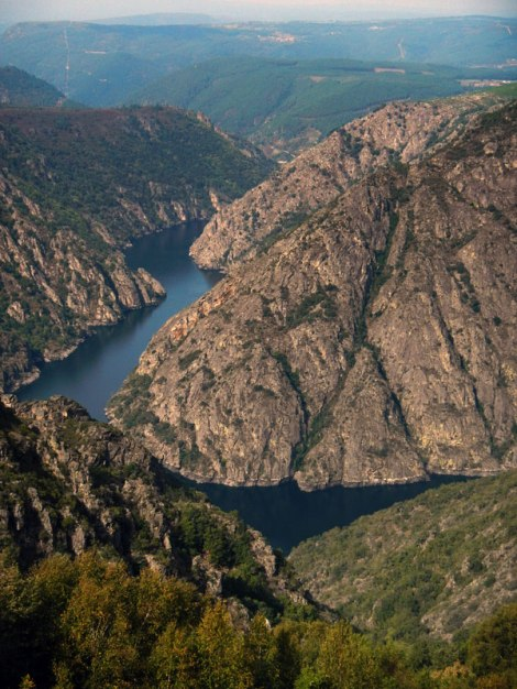 A view of the River Sil in the Ribeira Sacra from the Mirador de Cabezoas