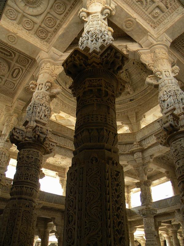 Wpc Ornate Pillars In The Jain Temple At Ranakpur