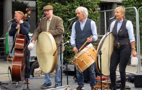 Belfast Food Fair Irish musicians