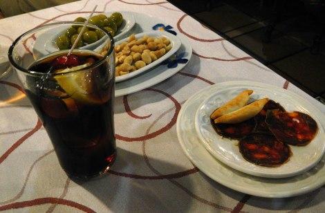 Vermut y tapas in Potes, Spain