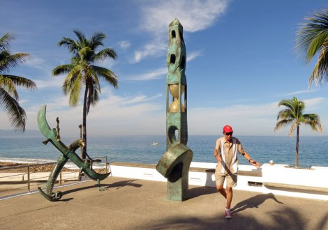 Malecon sculpture tour