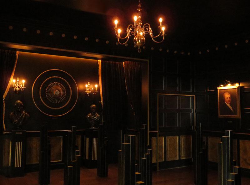 The 'Black Velvet' room invites you to sample one of Ireland's most famous brews (Guinness Storeroom, Dublin).