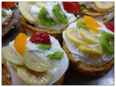 Canasta de frutas (Baskets of fruit), a pastry treat at La Vasconia in Mexico City