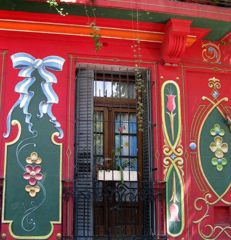'Fileteado' painting on the walls of a house in Buenos Aires, Argentina